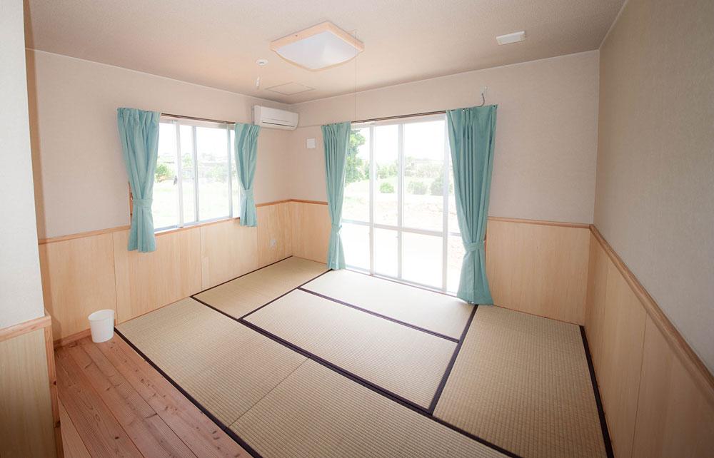 客室9.2畳間|宮古島の民宿 あがりの宿さんさーら