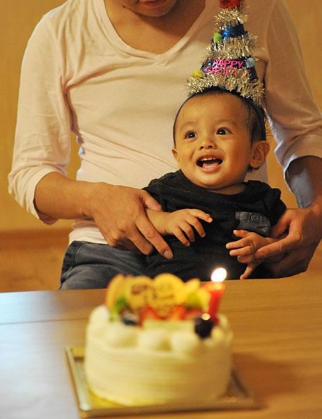 1歳の誕生日|宮古島の民宿 あがりの宿さんさーら