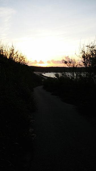 宮古島マイバービーチの日の出|宮古島の民宿 さんさーら