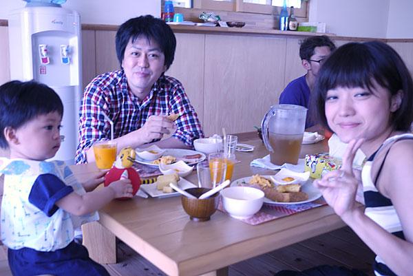 朝食の風景|宮古島の民宿 あがりの宿さんさーら