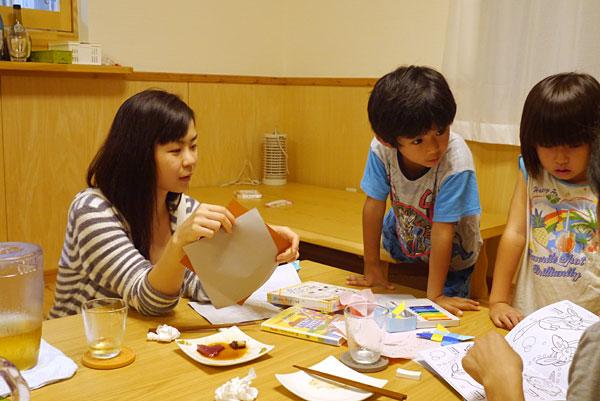 子供たちとお姉さん|宮古島の民宿 あがりの宿さんさーら